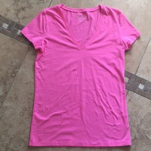 Lilly Pulitzer Pima cotton v-neck T-shirt sz Small